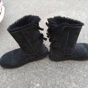 Used ugg boots sz 9